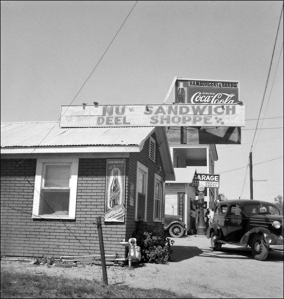1937-texas-ennis-roadside-stand-and-gas-station.jpg