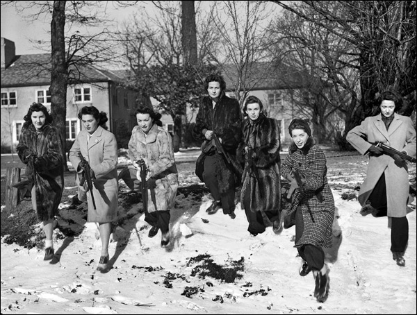 1942-illinois-evanston-home-guard-hs-girls.jpg